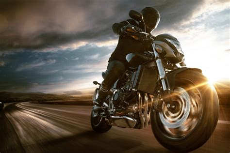 Your Guide to Back Pain and Riding a Motorcycle   Back-A-Line