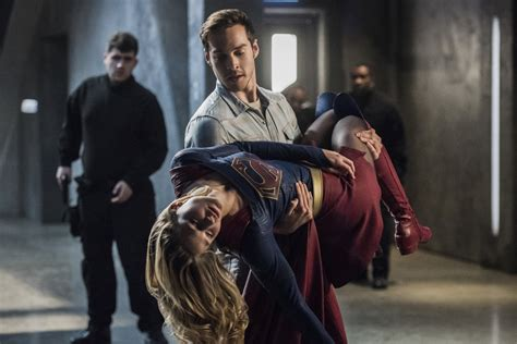 How the end of Supergirl set up the Flash musical crossover